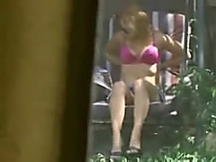 Caught my female neighbour masturbating in the backyard