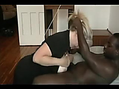 Cuckold wife Taylor takes dark cum on her face